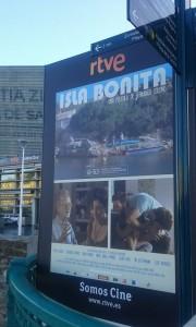 """Publicidad de """"Isla bonita"""" en Donosti."""