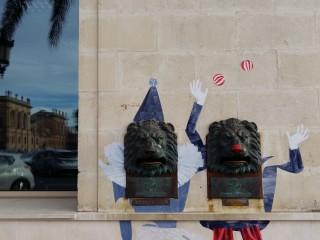 Los turistas siguen 'llevándose' el Street Art de Ciutadella
