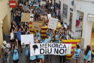 manifestacion antiplataformas petroliferas