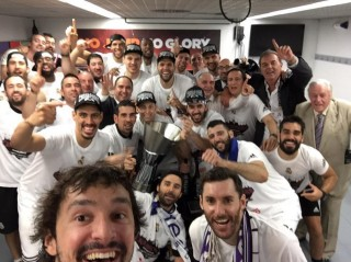 Selfie de Llull tras ganar la Euroliga en 2015.