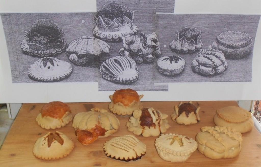 El grabado 'Formatjades' del Arxiduc junto a la fotografía de las cocinadas por Rosa Rotger. Foto: Rosa Rotger Triay.