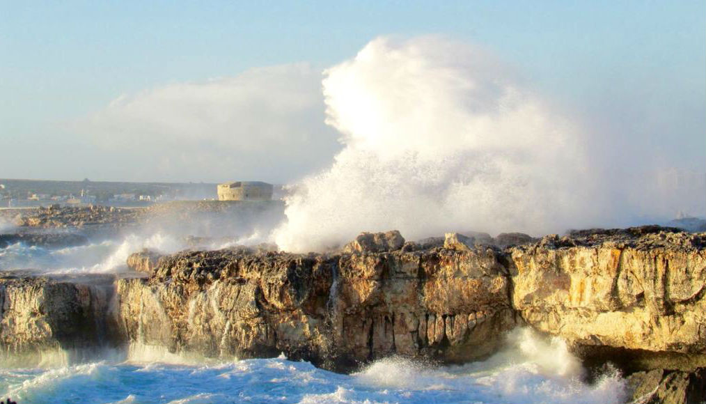 Aemet anuncia olas de 3 metros en la Isla.