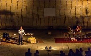 Momento de la representación de 'Adreça desconeguda' Líthica. Foto: J.T.