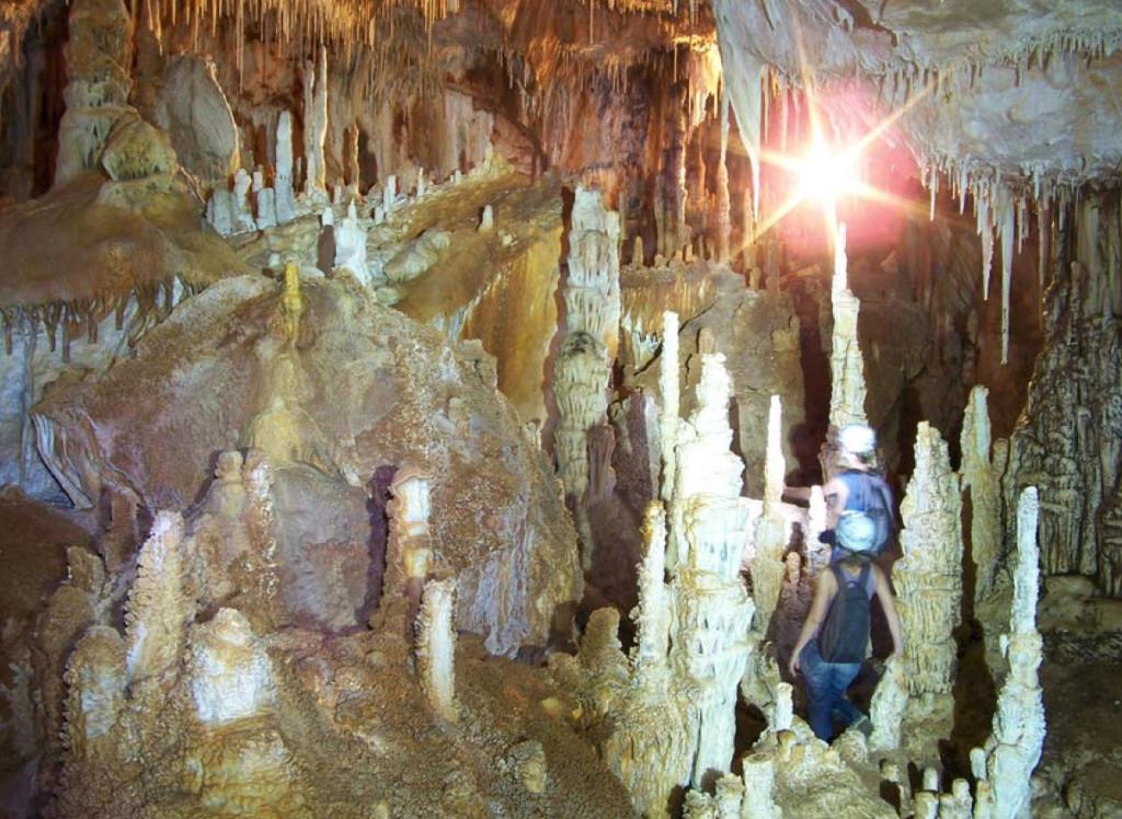 Cuevas de Cala Blanca.