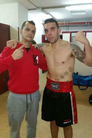 Alberto Moya (izquierda) y José García, del K1 Box Menorca.