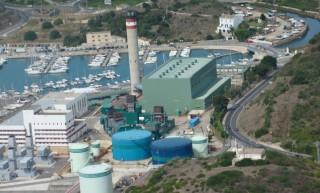 Central térmica del puerto de Maó. Foto GOB-Menorca