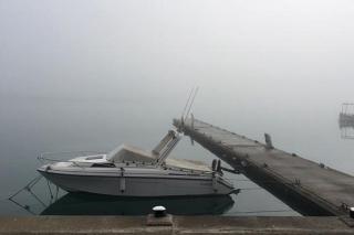 Niebla en el puerto de Maó en una imagen de archivo (Foto: J. Torres)