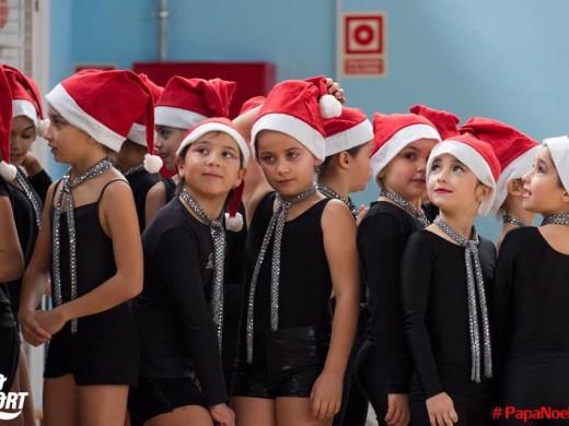 """Deporte, salud y diversión en el """"Papa Noel Day"""" de Sant Lluís"""