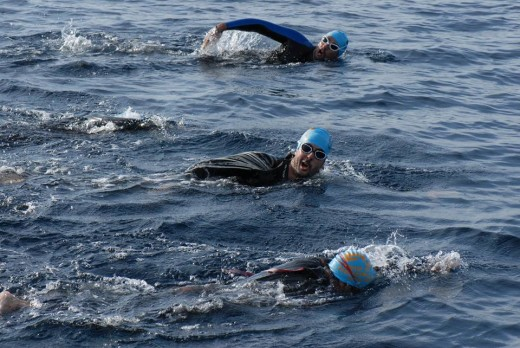Nadadores en la edición de este año (Foto: Menorca Channel Swimming Association)