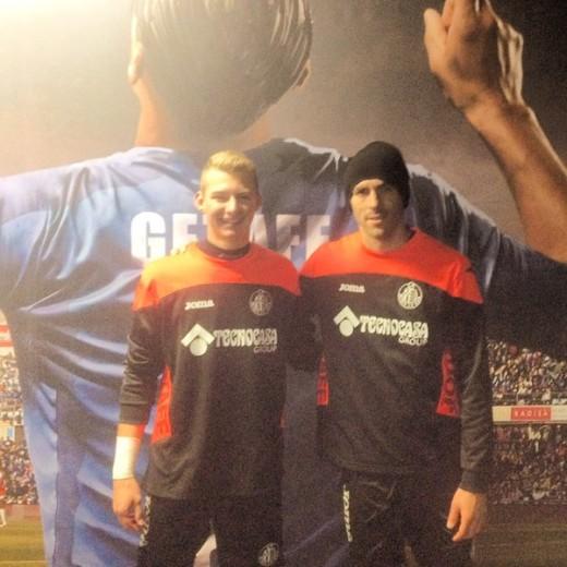 Noel Seguí, izquierda, junto a Vicente Guaita tras entrenar con el primer equipo (Foto: @NSeguí21)