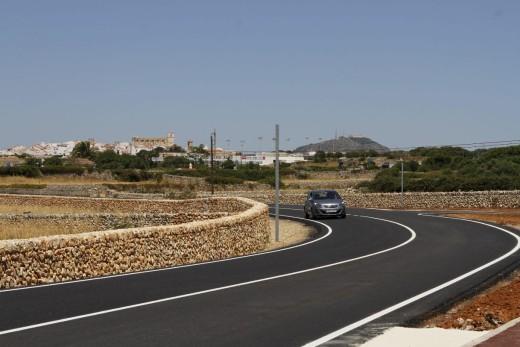 Carretera de Torralba que va de Alaior hacia Cala en Porter. Foto: Ajuntament de Alaior.