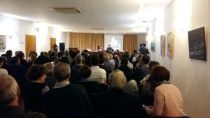 La sala de actos del Cercle Artístic se llenó de público para asistir a la presentación.