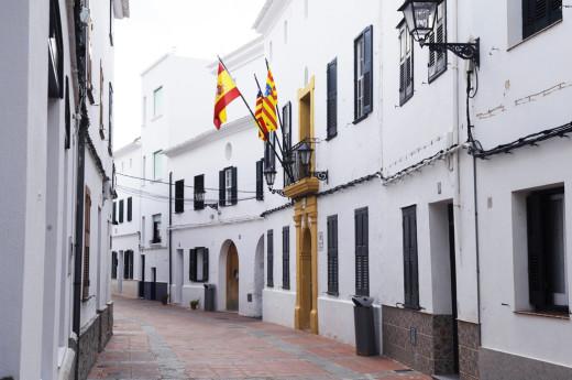 Ayuntamiento de Es Mercadal quiere fomentar la creación literaria en catalán