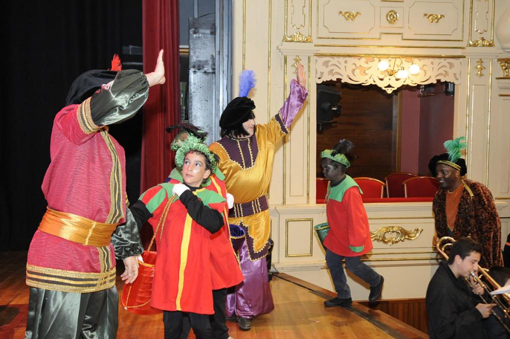 En el Teatro Principal de Maó los Carteros Reales recogerán las cartas de los más pequeños de la familia