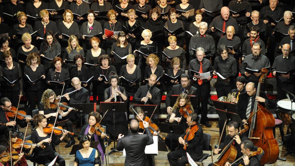 Momento del concierto de este miércoles día 30 en el Teatre Principal de Maó. Foto: Tolo Mercadal.