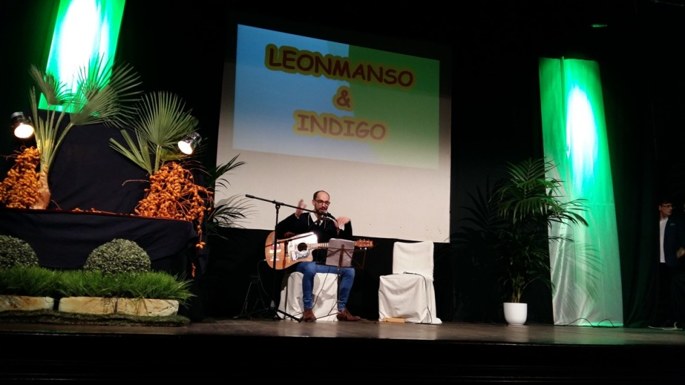 Leonmanso, después junto a Índigo, cerró la velada.