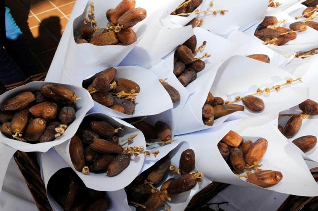 Dátiles, dulces, del mercado tradicional de Sant Antoni en Ciutadella. Foto: Tolo Mercadal.