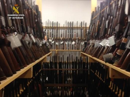 Alguna de las armas que saldrán a subasta.
