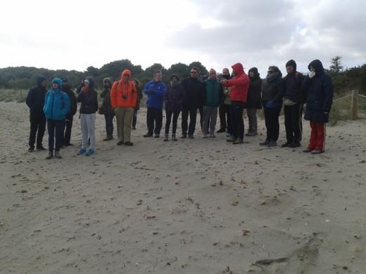 Momento de la actividad organizada sobre los sistemas dunares. Foto: Parc Natural de s'Albufera des Grau.