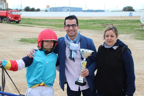 And Only Visais, ganador de la estelar, con Cati Riera.
