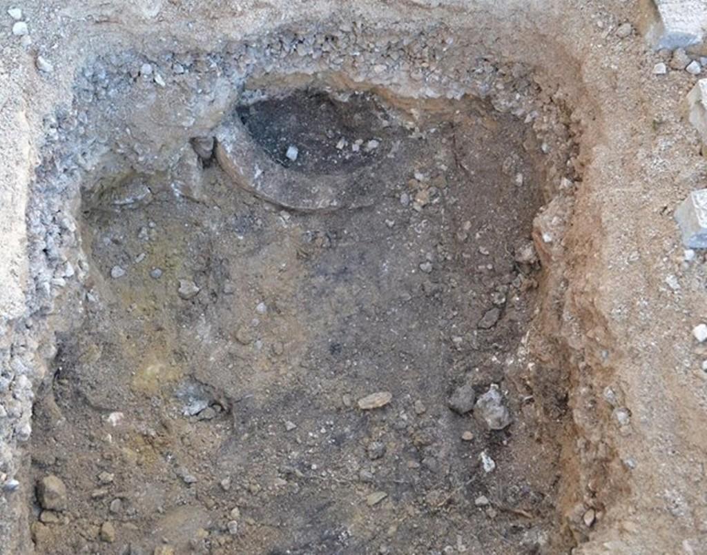 Fragmento de la pila de piedra circular descubierta en el Museu de Menorca. Foto: Museu de Menorca.