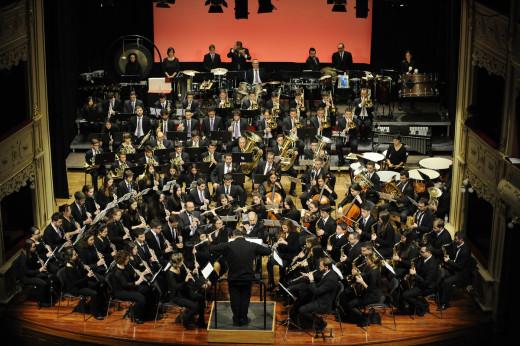 Momento de la actuación de la Banda de Música de Ferreries en el Teatre Principal de Maó el día de Sant Antoni. Foto: Tolo Mercadal.