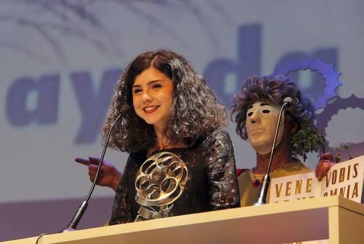 Olivia Delcán el día que recibió uno de los premios San Pancracio del Festival Solidario de Cine Español de Cáceres.