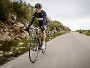 Molina, sobre la bici. FOTO.- D.M.