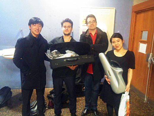 De iz. a der.: Sean Y. Xue (3º), Xavier Larsson, Thibaut Canaval (organizador) y Miyu Koda (2ª). Foto: Xavier Larsson.