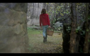 Imagen del videoclip con Índigo de espaldas. Foto: M.G.
