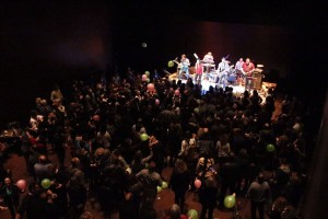 Momento del concierto de la Jukebox Band Menorca en el Auditori de Ferreries. Foto: Jukebox Band Menorca.
