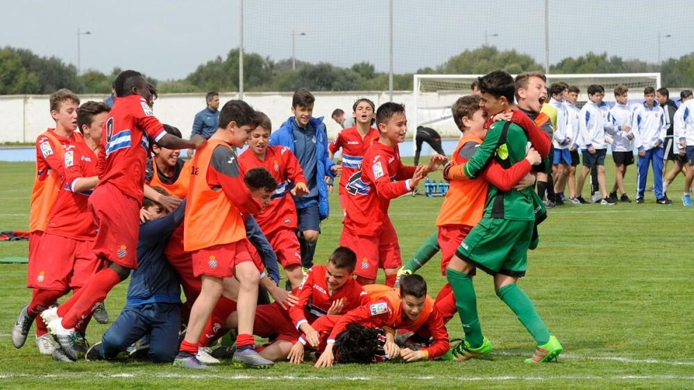 El Espanyol infantil ha ganado en los penalties.