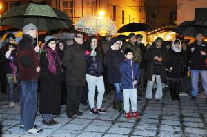 Los menorquines ya se manifestaron bajo la lluvia en favor de los refugiados sirios.
