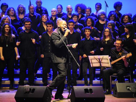 Trey McLaughlin entusiasma al Principal en su primer concierto en España