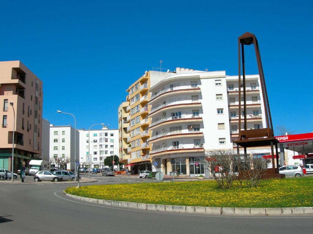 El suceso se ha producido en la plaça Abu Umar.
