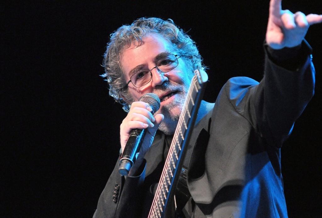 Quico Pi de la Serra tiene 73 años y presenta su disco nº 22 en Es Mercadal.