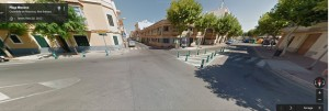 Imagen del cruce de la Plaça Menorca en Google View