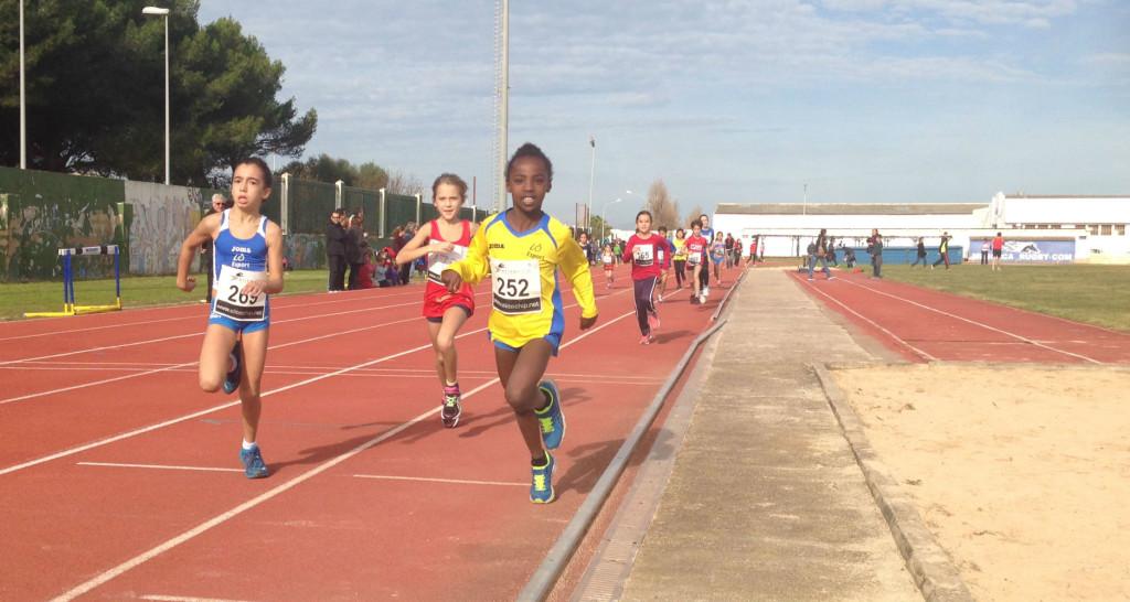 La competición tuvo lugar en la pista de atletismo de Maó.