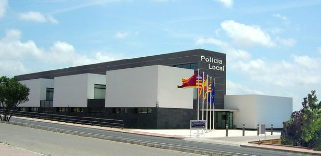 El detenido fue trasladado a las dependencias de la Policía Local de Ciutadella