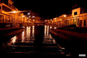 En el artículo destacan el color del puerto de Ciutadella (Foto: J. L. G. Llagües)