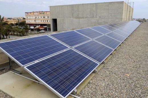 Crece la instalación de placas fotovoltaicas en empresas y domicilios particulares
