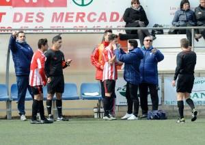 Vidal, dando instrucciones.
