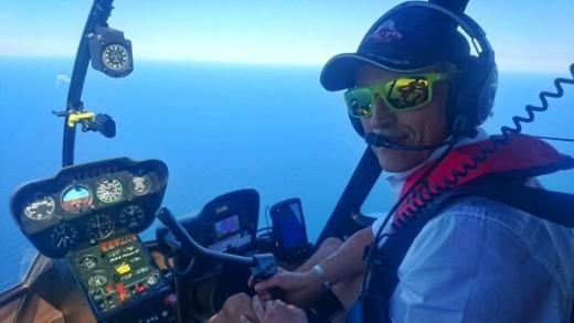 Jesús Calleja, sobrevolando Menorca (Foto: @JesusCalleja)