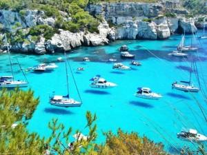 """La imagen de los botes """"volando"""" en Macarella ha dado la vuelta al mundo."""