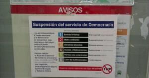 Carteles aparecidos esta semana en Metro de Madrid.- FOTO.- NoalTIPP.org