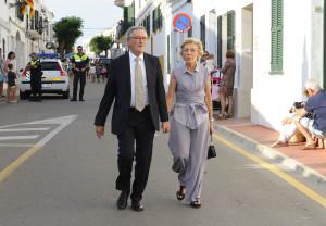 Xavier Trias y su mujer en la boda celebrada en Fornells.