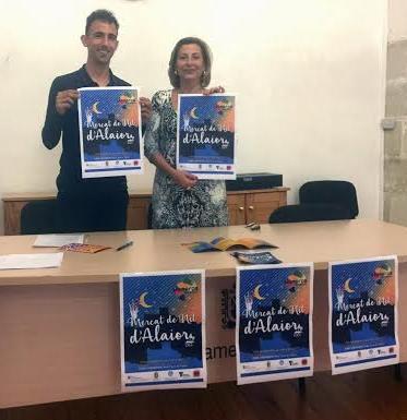 La alcaldesa Coia Sugrañes, junto a Rafel Quintana, concejal de deportes, durante la presentación del evento.