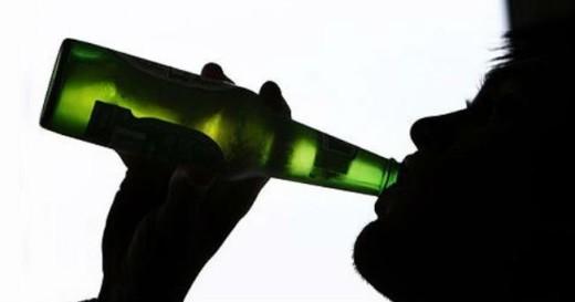 El Consell quiere limitar el consumo de alcohol entre los jóvenes.