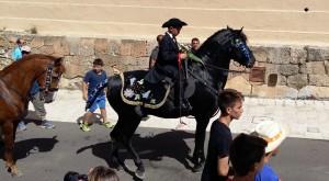 Miquel Bellota Campins, de 8 años, es el cavaller más joven de la qualcada. Foto: Joan Mascaró M.