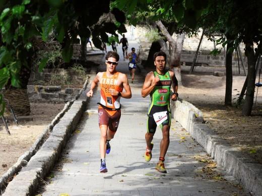 (Fotos) Nil y Laia Riudavets vuelan en el Duatló de Es Castell
